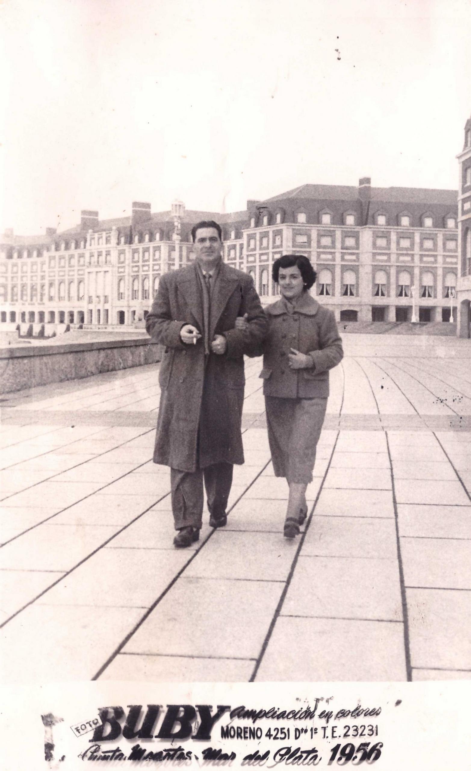 Delia e Renato, Mar del Plata 1956
